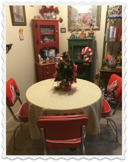 december dining room - christmas