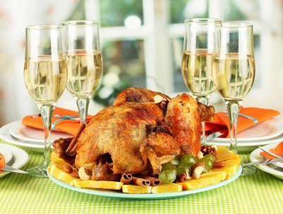 15408329-banquet-table-with-roasted-chicken-close-up-thanksgiving-day