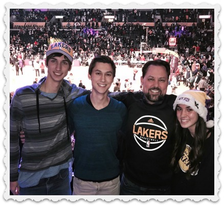 brett-the-a-team-lakers-game