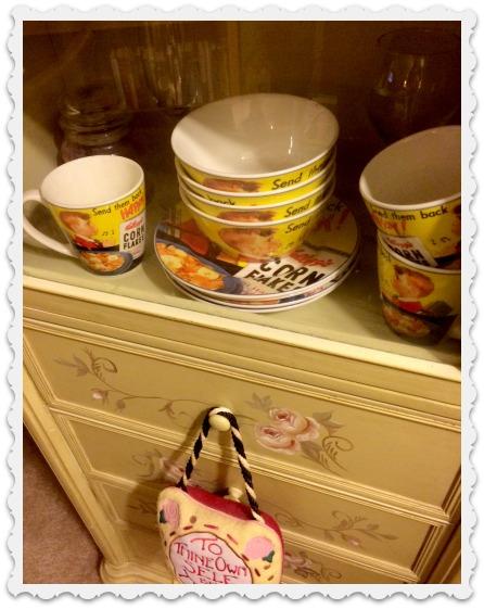 happy-mugs-framed